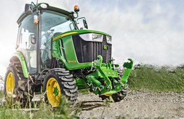 traktor-3045r