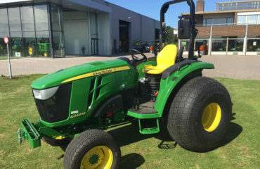 traktor-4049m